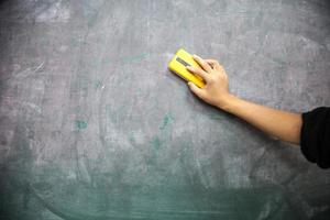 schoolbord schoonmaken foto