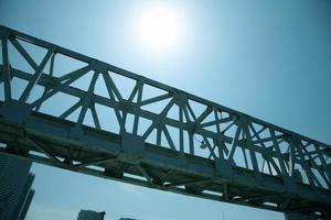 silhouet van de brug foto