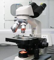 laboratorium microscoop foto
