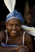 portret van een glimlachende vrouw van Madagascar