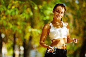 vrolijke sportvrouw foto