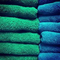groene en blauwe handdoeken