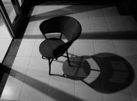 stoel en schaduw foto