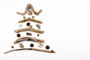 kerstboom gemaakt van hout - kopieer ruimte foto