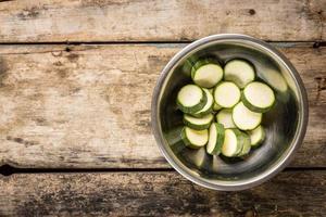 vegetarisch recept of menuachtergrond met exemplaarruimte. foto