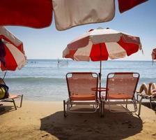 strandstoelen te huur foto
