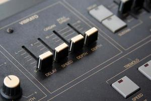 synthesizer close-up foto