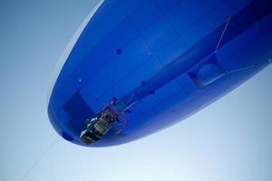 vliegende blimp close-up foto