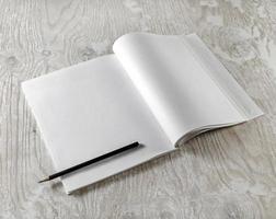 blanco geopend leerboek