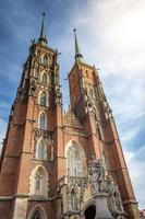 wroclaw ostrow tumski kathedraal foto