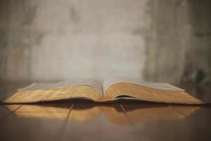 Bijbel foto