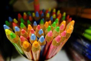 prachtige nieuwe kleurpotloden foto