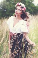 model in Slowaakse nationale klederdracht foto