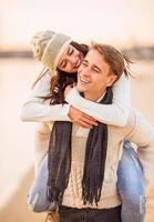 verliefde paar op een date foto