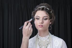 neo-victoriaans model wordt verzonnen foto