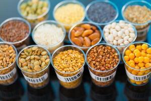 landbouwgranen en peulvruchten in het laboratorium foto