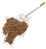 sigaret en tabak in de vorm van Ecuador (serie) foto