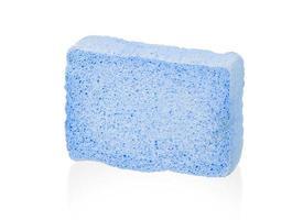 eenvoudige spons die op wit wordt geïsoleerd foto