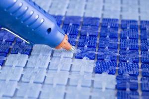 productie van mozaïektegels foto
