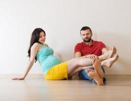 zwanger koppel foto