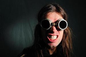 cool man met zonnebril foto