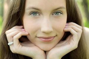 jonge mooie tiener close-up portret foto