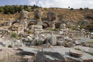 ruïnes van openbaar bad, ephesus, kalkoen foto