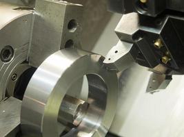 operator machinaal bewerken van matrijs- en matrijsdelen voor de automobielindustrie