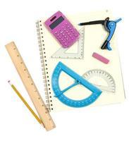 terug naar schoolbenodigdheden voor wiskunde foto