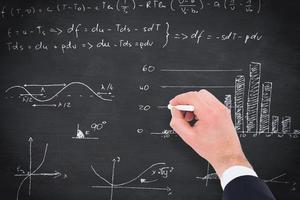 samengesteld beeld van hand schrijven wiskunde foto