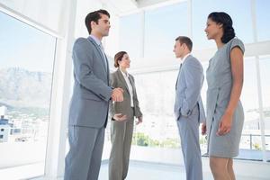 business team een gesprek foto
