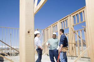 bouwers die een pauze nemen foto
