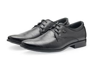 paar klassieke zwarte leren schoenen voor heren