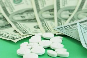 hoge kosten van medicijnen foto