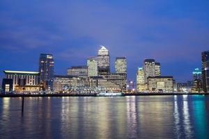 wolkenkrabber kantoor, bedrijfsgebouw in Canary Wharf, Londen, Engeland, foto