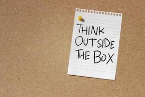 denk buiten de box-concept foto