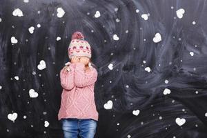 klein meisje huilen foto