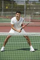 tennisser klaar om te spelen