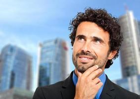 zakenman met een idee foto