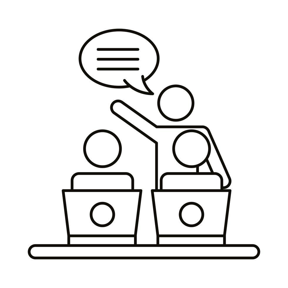 drie coworking-medewerkers met praten over laptops vector