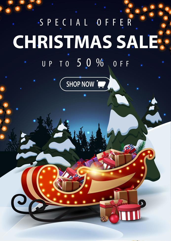 speciale aanbieding, kerstuitverkoop, tot 50 korting, mooie kortingsbanner met nacht cartoon winterlandschap op achtergrond en kerstman slee met cadeautjes op de voorgrond vector