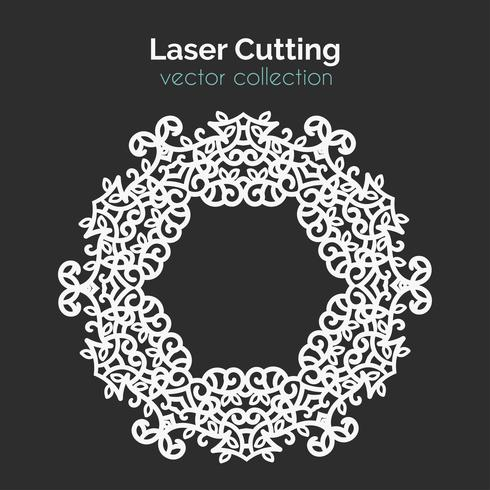 Lasersnijden sjabloon. Ronde kaart. Gestanste Mangala vector