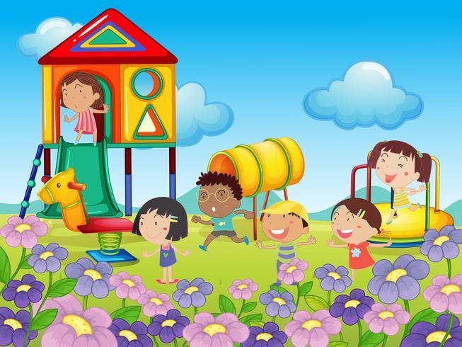 Kinderen spelen in de speeltuin vector