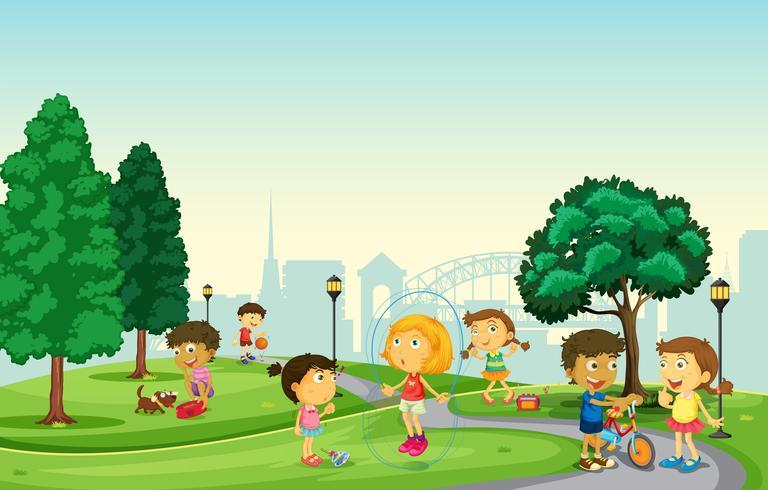 Kinderen die in het park spelen vector