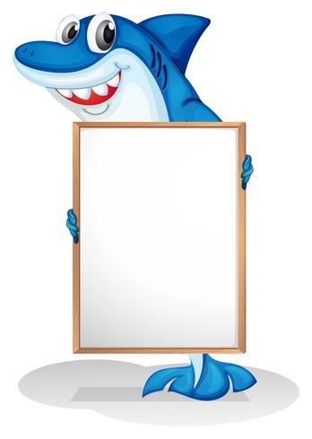 Een glimlachende haai die een leeg whiteboard houdt vector