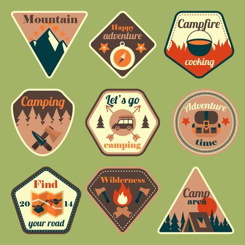 Buiten toerisme camping vlakke badges ingesteld vector