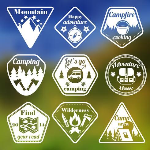 Buiten toerisme camping platte emblemen instellen vector
