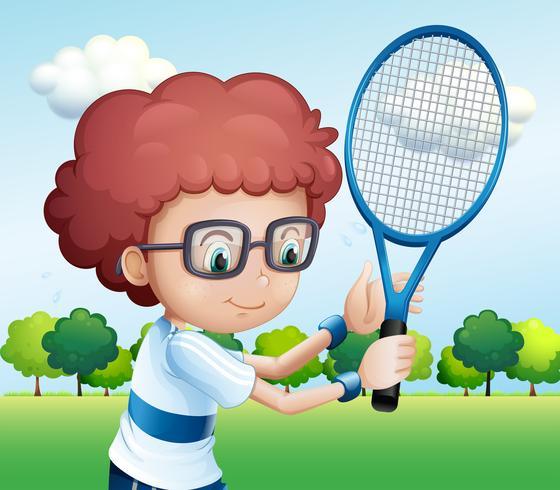 Een jonge jongen tennissen vector