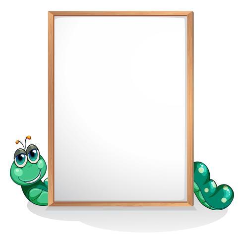 Een worm aan de achterkant van een leeg whiteboard vector
