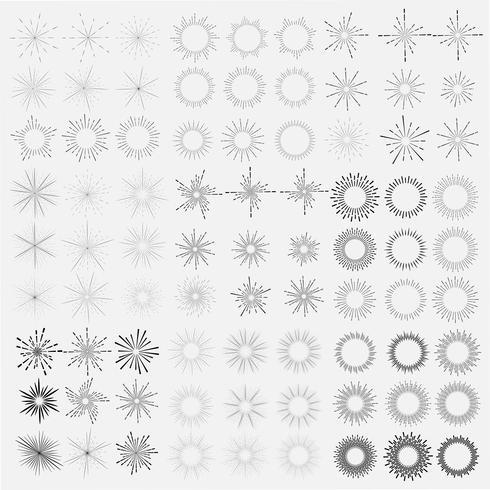 Reeks van zonnestraalstijl op witte achtergrond, Barstende stralen vectorillustratie wordt geïsoleerd die. vector